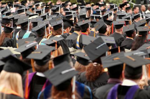 Експерт розповів, скільки коштує найдешевший диплом в Україні