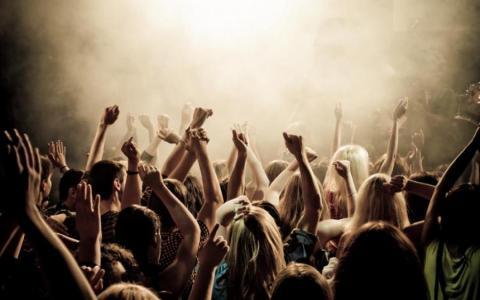 У мережі назвали найдрайвовішу пісню у світі (ВІДЕО)