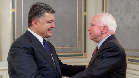 Українська влада виразила підтримку американському сенатору Маккейну