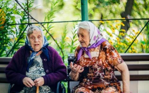 """Пенсійний зашморг: як довго українцям чекати """"покращень"""""""