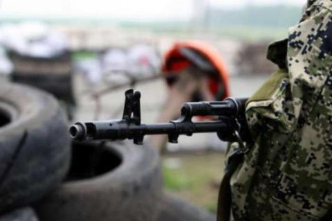 В зоні бойових дій на Донбасі за добу поранення дістав один військовий