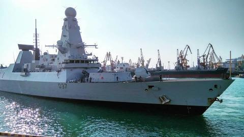 До Одеси прибув військовий флот НАТО (ФОТО)
