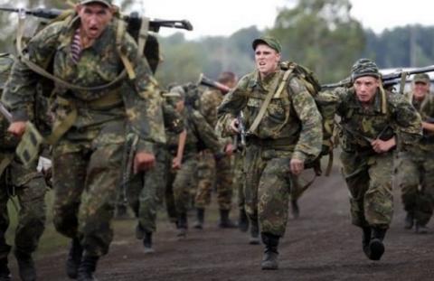 Російські військові почали прибувати до Білорусі