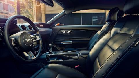 Ford розсекретив оновлений Mustang (ФОТО)