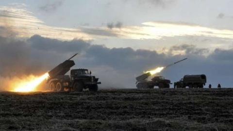 """Терористи """"ДНР"""" зігнали важке озброєння до лінії розмежування, – ОБСЄ"""