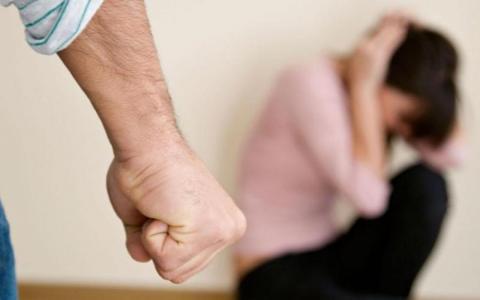 Справжній скандал у Житомирі: п'яна бізнес-вумен побила дитину