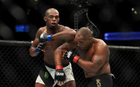 UFC 214: Результати всіх боїв турніру