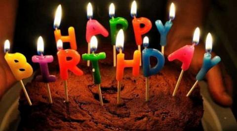 Задувати свічки на торті небезпечно для здоров