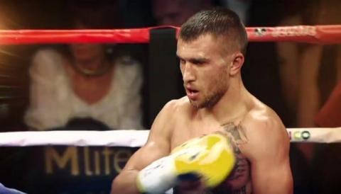 Боксер Василь Ломаченко відправився до США для підготовки до бою з кубинцем Гільєрмо Рігондо
