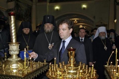 У РФ контролюють навіть кадило у церкⳠ– ввели правила безпеки на релігійних об'єктах