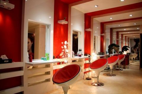 У дні Ашури в Ірані зачинять усі жіночі перукарні