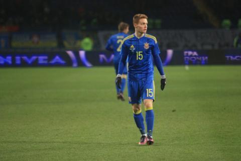 Півзахисник збірної України Віктор Циганков не зіграє у завтрашньому матчі ЧС-2018 проти Косово