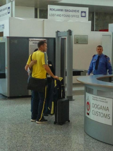 Збірна України з футболу прилетіла до Албанії, де завтра зіграє матч відбору до ЧС-2018 з Косово