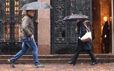 Погода на сьогодні: в Україні дощі, температура до +25