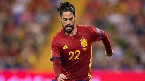 В Ізраїлі фанат з ножем напав на стадіоні на іспанського гравця