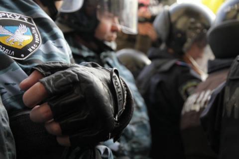 Хроніка 11 жовтня. Тимошенко отримала 7 років, а зварювальники підірвали військовий склад