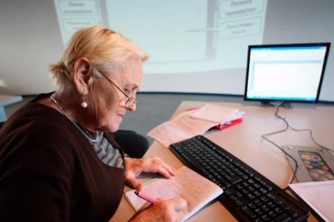 Жінкам, які скористалися виходом на пенсію після 55 років, розмір пенсії не зменшуватиметься