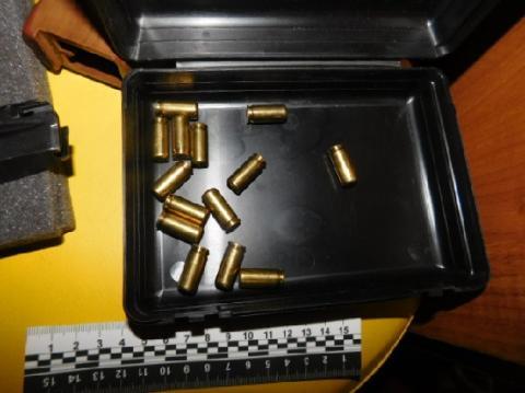 У Києві поліція затримала місцевого жителя, який облаштував вдома нарколабораторію