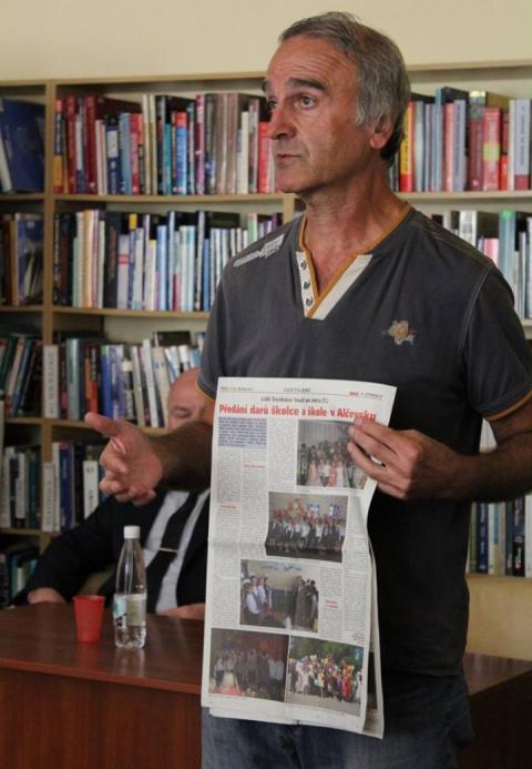 У Луганську чеський комуніст зустрівся зі студентами. МЗС і СБУ має розібратись, – Снєгирьов