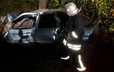 Під Кропивницьким внаслідок ДТП 2 людини загинуло, 3 травмовано