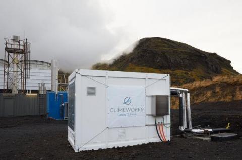 В Ісландії введено в дію станцію, яка перетворює вуглекислий газ в камінь