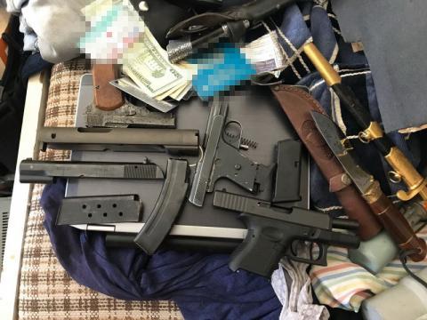 У Києві СБУ ліквідувала мережу збуту контрабандної зброї
