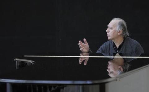 Марко Р.Стех: Світ побачила книга «Дочекатися музики» Валентина Сильвестрова