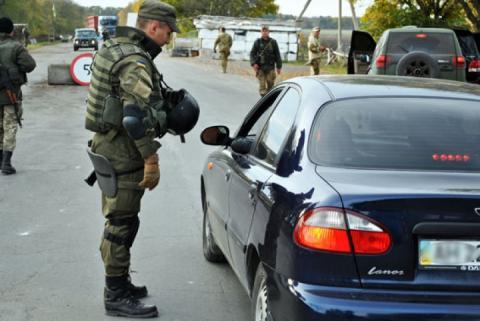 За тиждень на блокпостах Донеччини затримали 16 осіб за підозрою у причетності до бойовиків