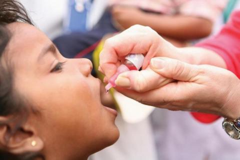 Поліомієліт може бути поборений в усьому світі вже до кінця цього року, – фонд Гейтса