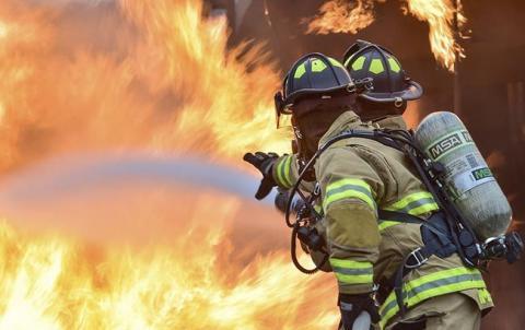 У центрі Києва сталася пожежа, загинув чоловік