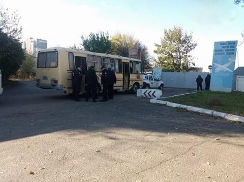 Військовій частині в Одесі відновлять огорожу за рахунок забудовника