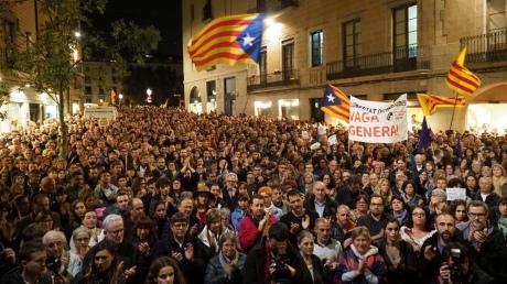 У Барселоні відбувся багатотисячний протест проти арешту каталонських екс-урядовців