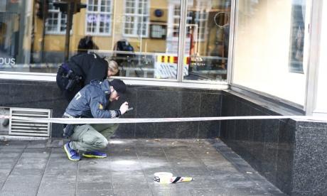 Поліція затримала чоловіка, який почав хаотичну стрільбу у центрі Осло