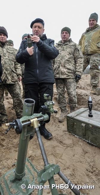 Україна успішно випробувала нові боєприпаси – Турчинов