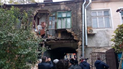 В Одесі обвалилася частина житлового будинку і пошкодила газопровід
