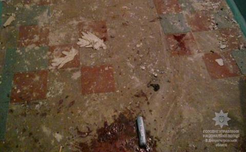 У Дніпрі 5 поліцейських поранило вибухом гранати