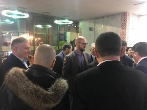 На презентацію книжки Авакова прийшли Яценюк, Ложкін і Кличко