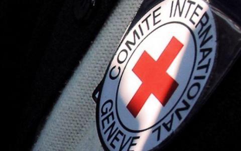 Червоний Хрест направив на Донбас 14 вантажівок з гумдопомогою