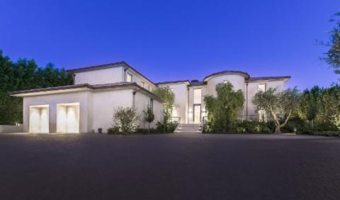 Екс-помічниця Піскуна купила будинок Кардашьян за майже $18 мільйонів