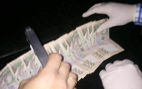 В Одеській області на хабарі затримали чиновника ДФС