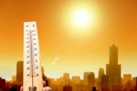 Метеорологи пояснили причини екстремальної погоди цього року