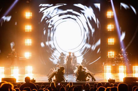 """Багато експресії, унікального вокалу і танців: """"НеАнгели"""" виступили у Києві з оглушливим успіхом"""