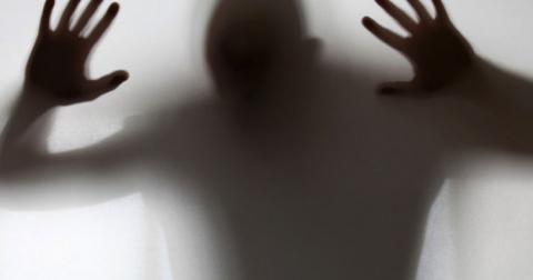 Суддів зобов'язали слухати психічно хворих осіб
