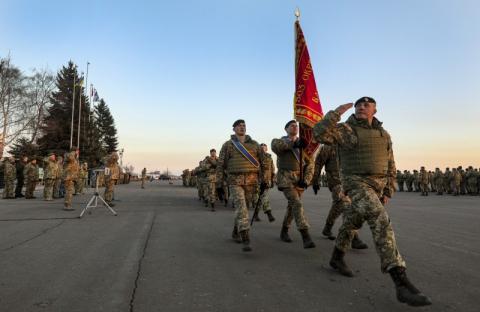 Президент вручив бойовий прапор 503-му окремому батальйону морської піхоти ВМС