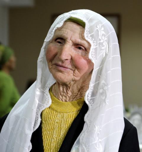 У результаті затримань кримських татар померла 82-річна жінка
