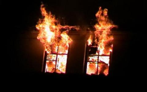 В Харківській області внаслідок пожежі у житловому будинку загинула жінка