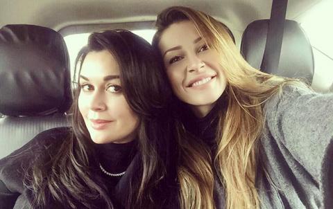 """""""Як сестри"""": в мережі порівняли Анастасію Заворотнюк та її підрослу дочку"""