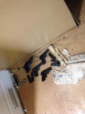 У Миколаєві 18 осіб зі зброєю напали на ринок