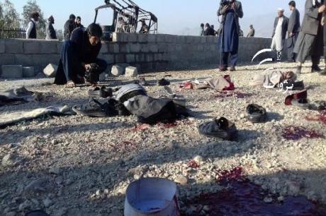 Смертник підірвався на похороні екс-губернатора в Афганістані, 15 загиблих
