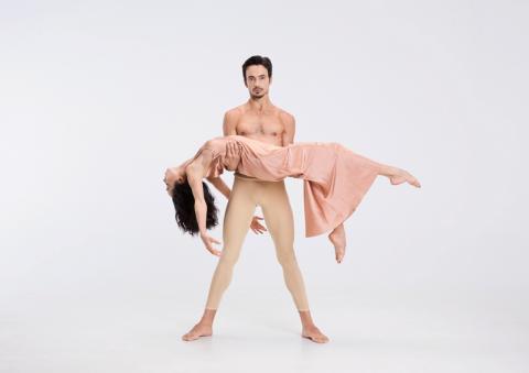 Катерина Кухар та інші зірки балету стали героями фотопроекту In Love With Ballet